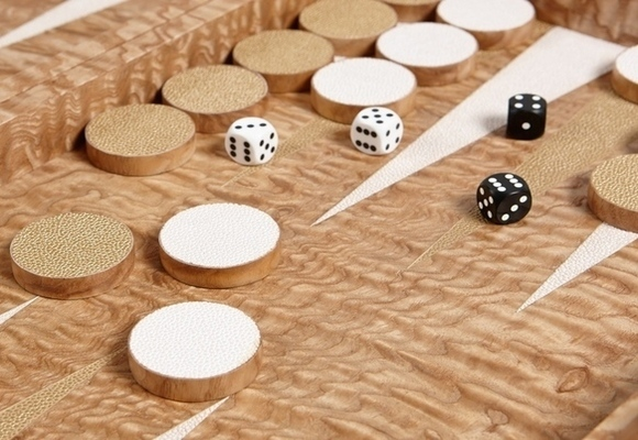 Luxury Backgammon Set - Japanese Tamo Ash